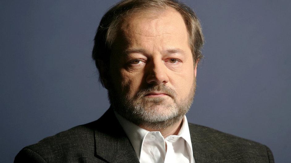 Vladimír Vlasák zemřel ve věku nedožitých pětapadesáti let.