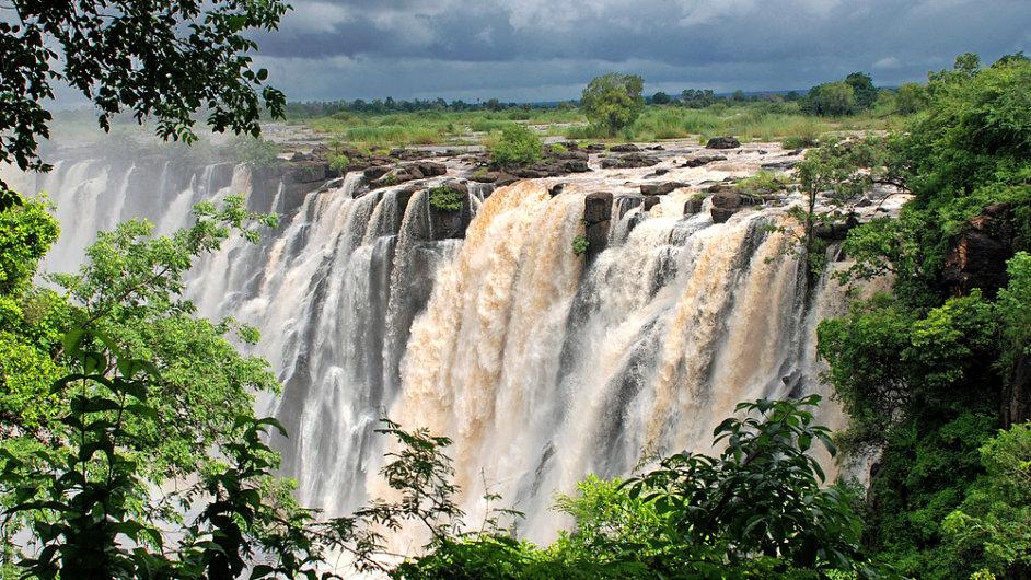 Viktoriiny vodopády, hranice Zambie a Zimbabwe, Afrika
