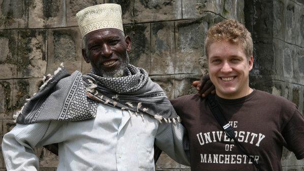 Ondřej Hrdlička se správcem vodního zdroje Goba Sheraro v etiopské Alabě