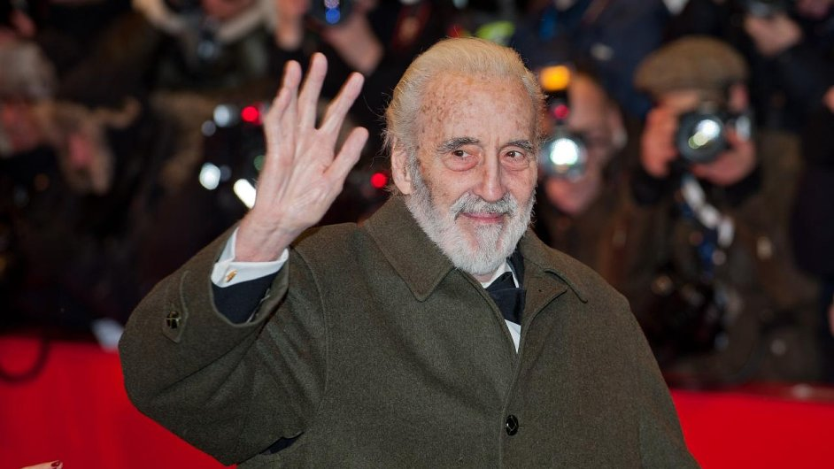 herec Christopher Lee ...
