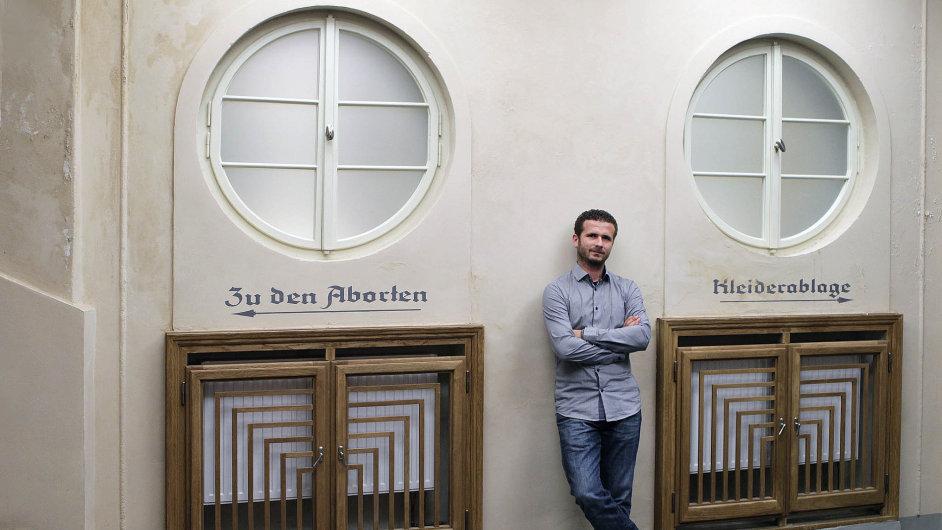 V novém hávu. Petr Hubáček spolu se třemi kamarády vytváří z liberecké Varšavy plnohodnotný dům.