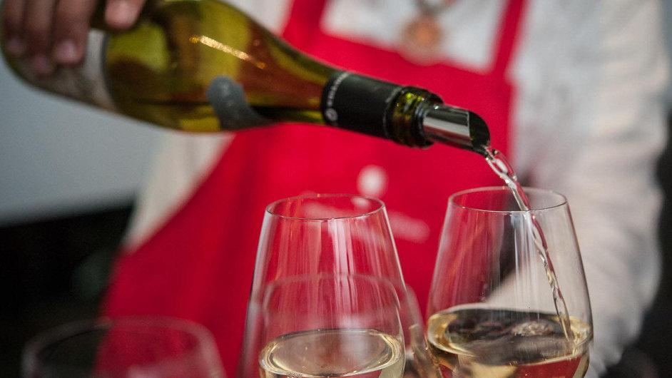 V mezinárodní soutěži vín a vinařství Vinalies Internationales 2016 se utkalo celkem 3441 vzorků - Ilustrační foto.