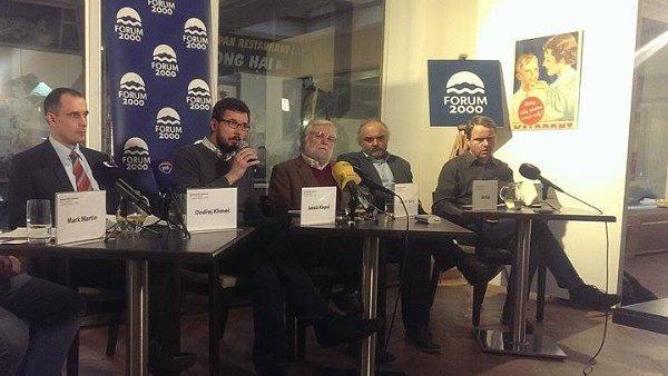 Nové informační centrum upozorňující Čechy na porušování lidských práv v Číně zahájilo svou činnost.