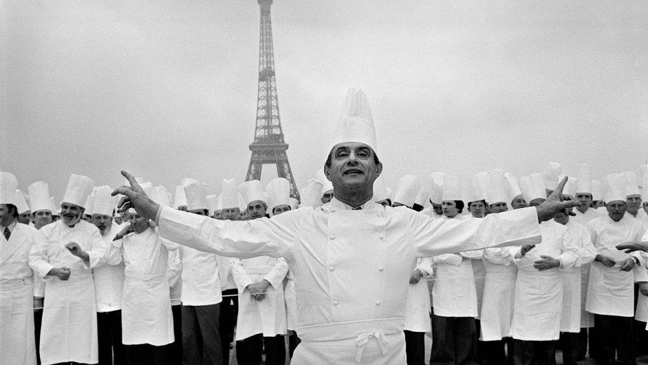 Kuchař se nesmí mračit, musí být taky trochu showman.