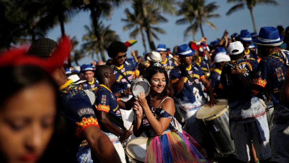 Karneval v Riu de Janeiru.