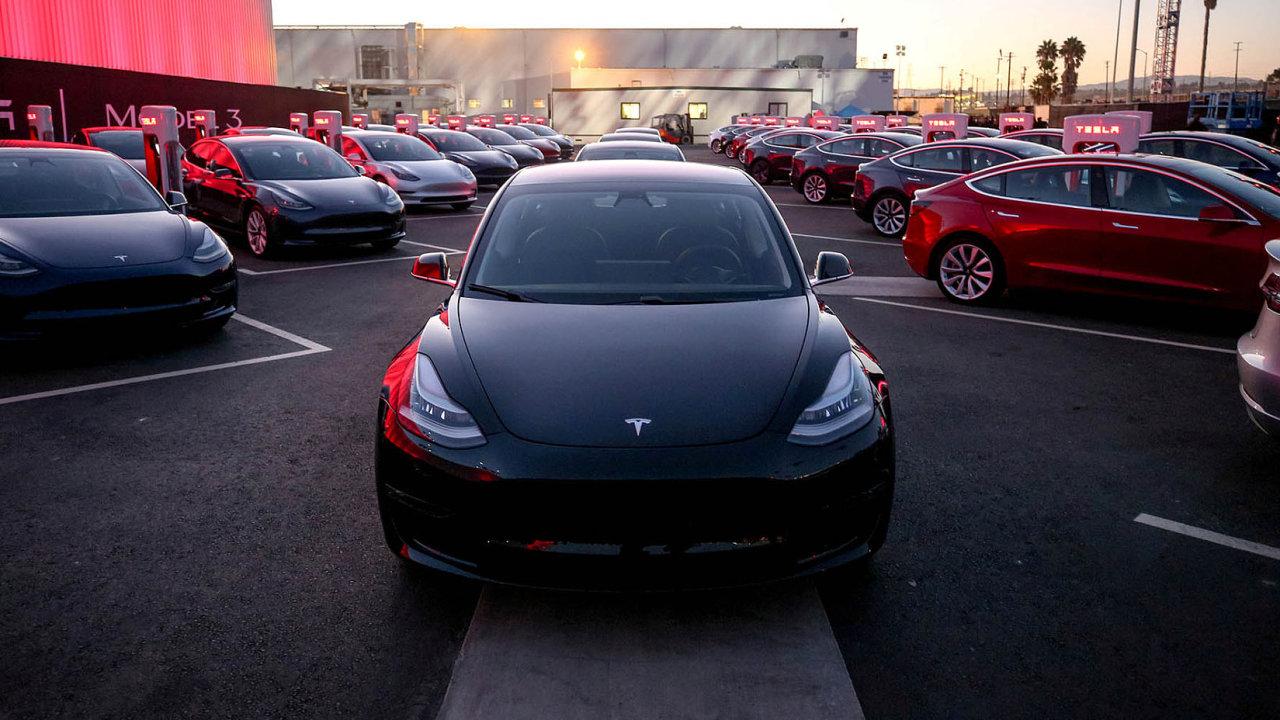 Model 3 splňuje požadavky pro schválení na evropských silnicích.