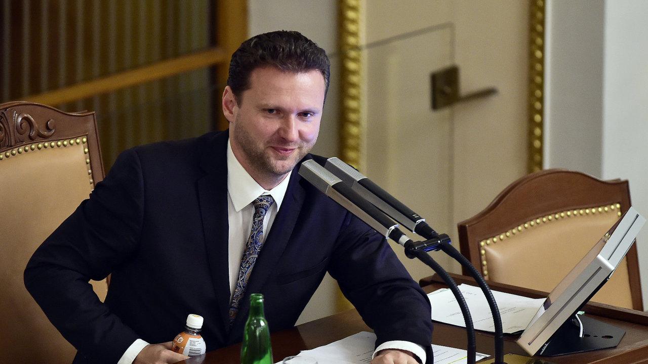"""""""Na stole je konkrétní návrh, snažili jsme se vyjít všem vstříc,"""" řekl Vondráček."""