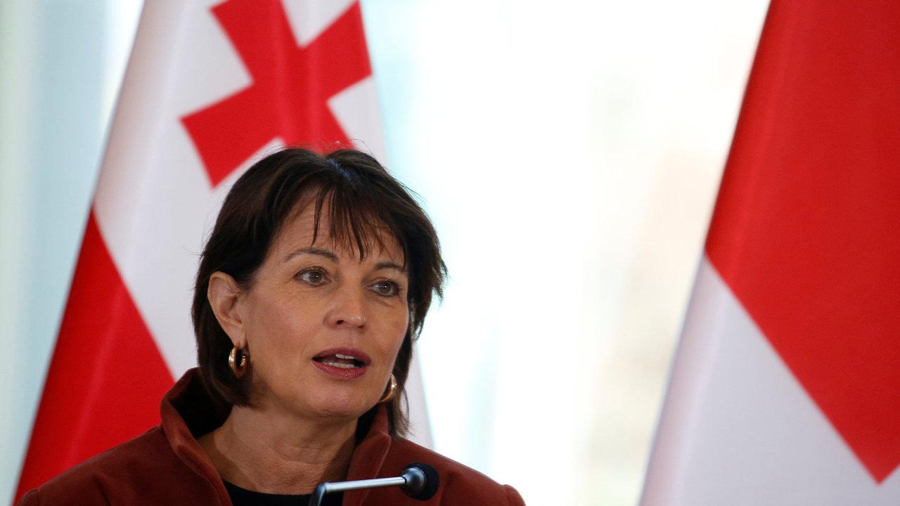 Švýcarská prezidentka chce referendum o vztahu země k EU