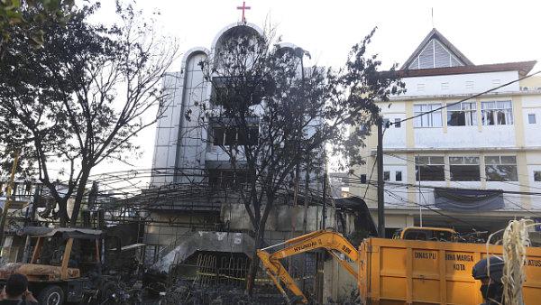 Jeden z indonéských kostelů, který napadli sebevražední atentátníci.