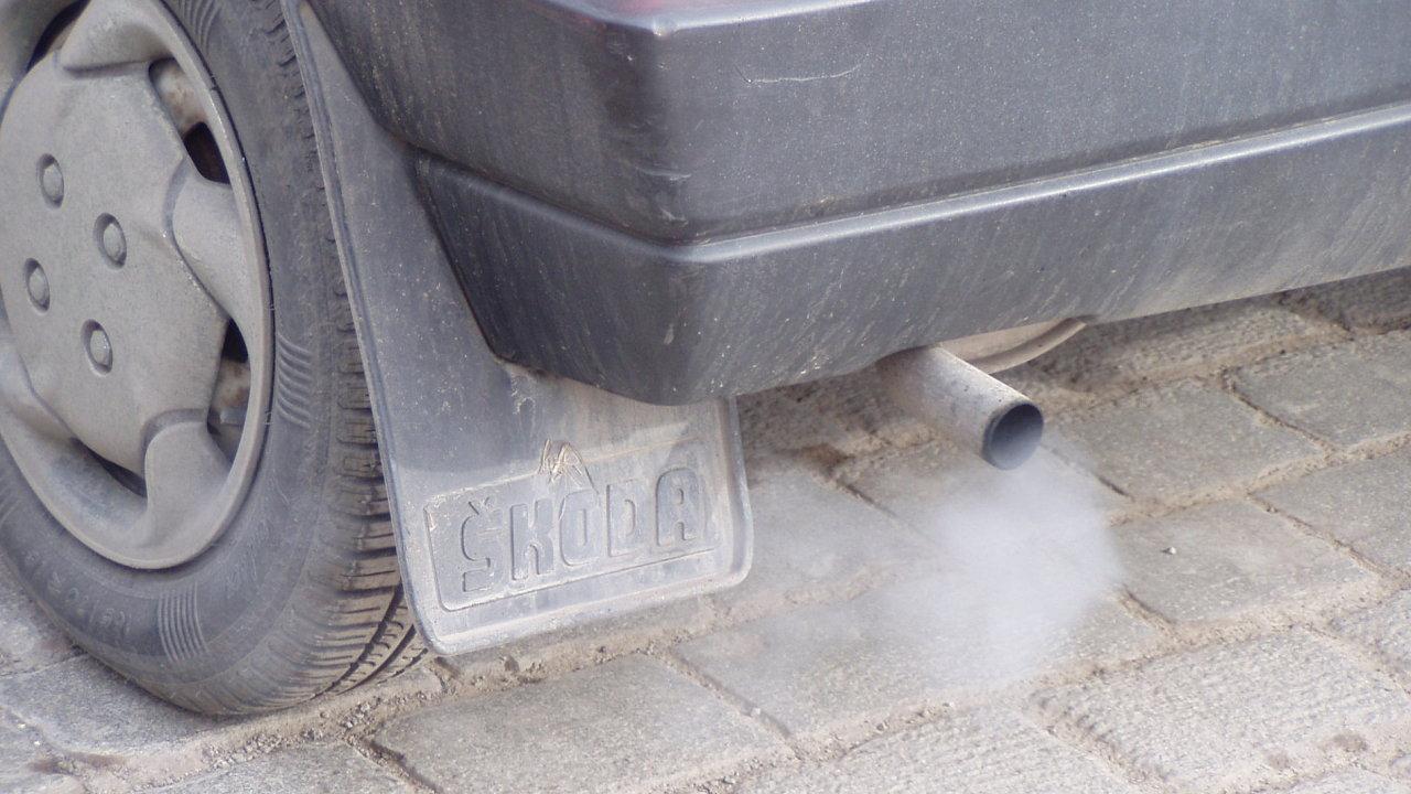 Vůz s vysokými emisemi škodlivin
