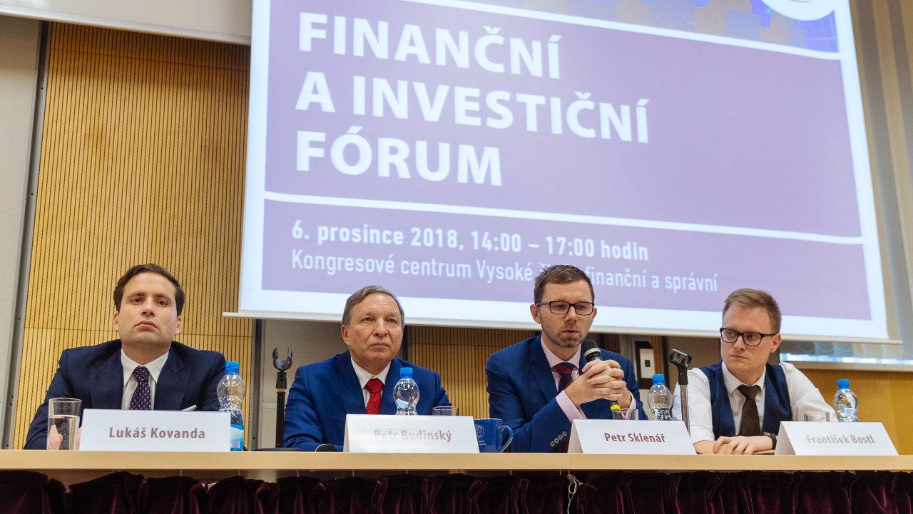 Lukáš Kovanda, Petr Budinský, Petr Sklenář a František Bostl na konferenci.