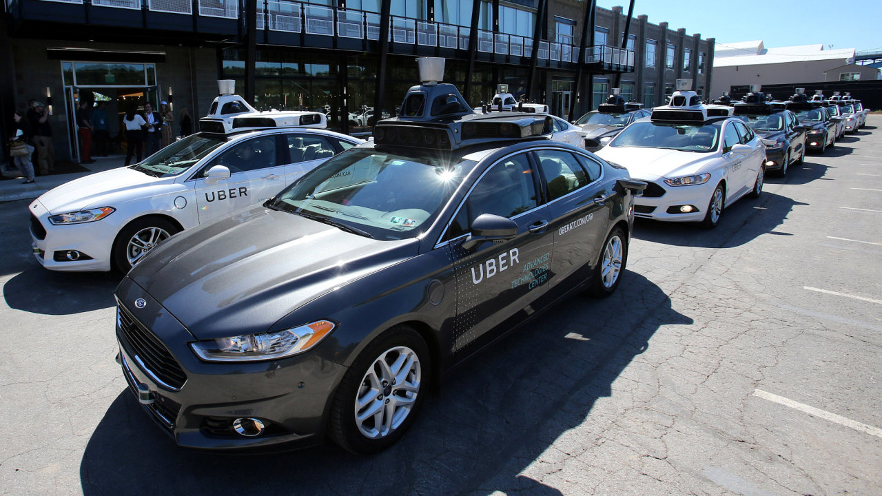 Samořídící auta Uberu.