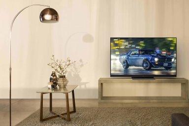"""Panasonic GZ1500  vyniká kvalitou obrazu s """"razítky kvality"""" od Netflixu i THX."""