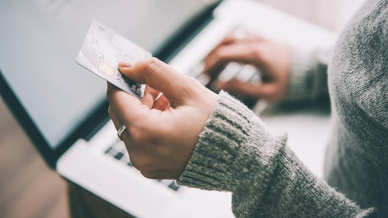Proověření platby ve-shopu podle nových bezpečnostních pravidel nestačí opsat čísla zkarty akód zSMS zprávy.