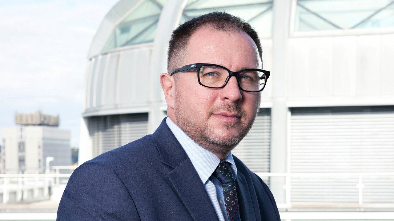 Miloš Filip má vinvestiční společnosti Generali Investments CEE nastarosti oddělení investičních produktů amarketingu.