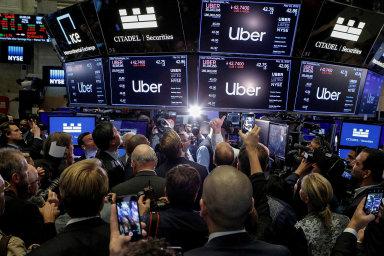 Přitáhne sdílená ekonomika investory?Vstup Uberu naburzu provázela velká očekávání. Zatím je všakoproti upisovací hodnotě o30procent níže.