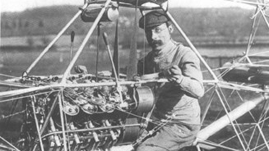 První vrtulník