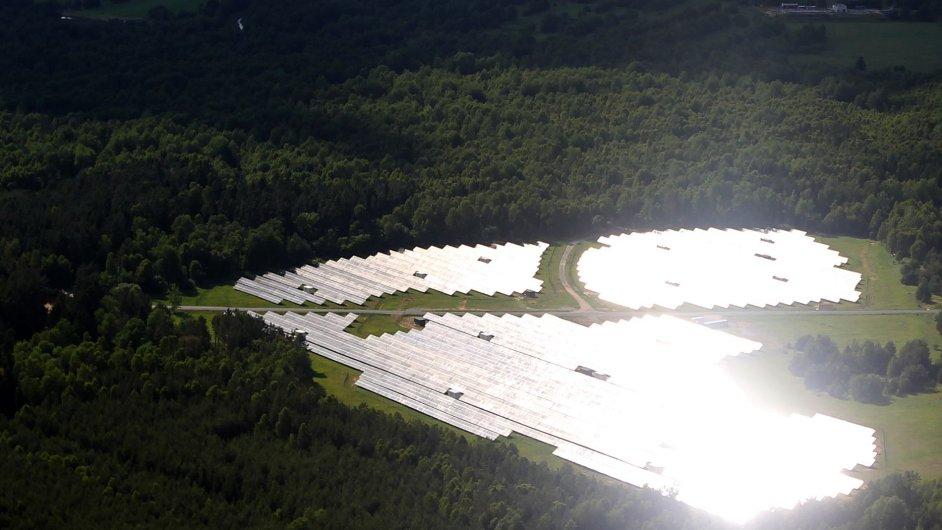 Solární elektrárna.