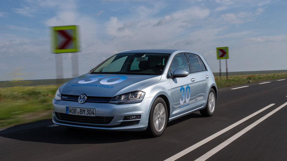 Volkswagen Golf BlueMotion spotřebuje jen 3,2 l nafty na 100 km