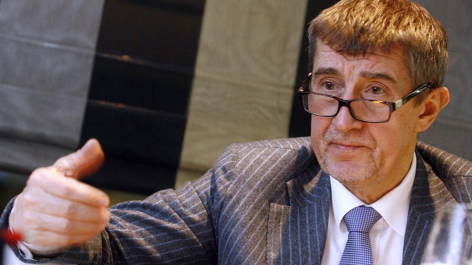 Miliardář a politik Andrej Babiš se zajímá o banku LBBW, blíže k ní má ale Česká spořitelna.
