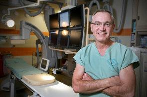 Střední třída má nemocné srdce, říká český kardiolog Josef Veselka