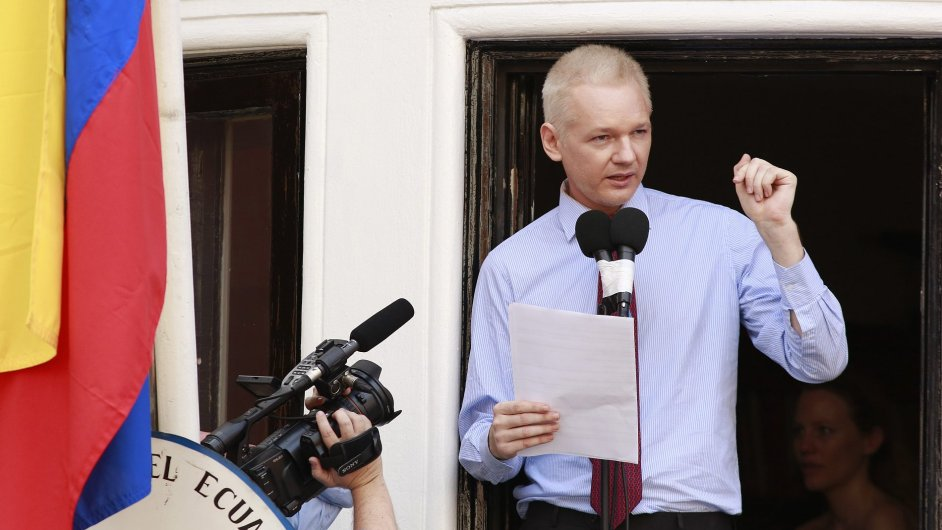 0819OCH119 WIKILEAKS ASSANGE SPEECH 0819 11