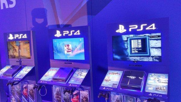 Playstation slav� milion prodan�ch konzol� v �esku, hr��e zve na vlastn� hern� veletrh
