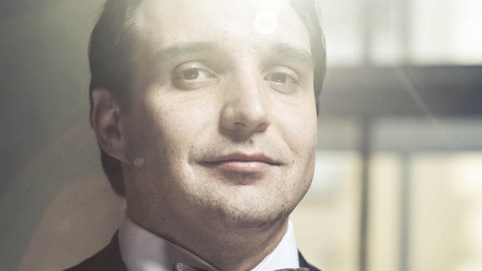Adam Plachetka je ve Vídeňské státní opeře v angažmá na určitou část sezony.