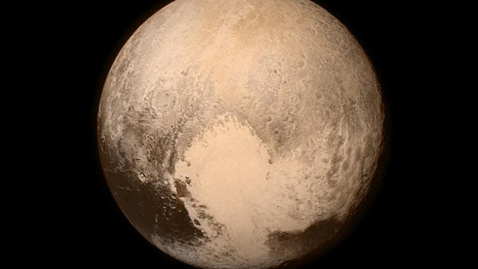 Snímek Pluta ze sondy New Horizons.
