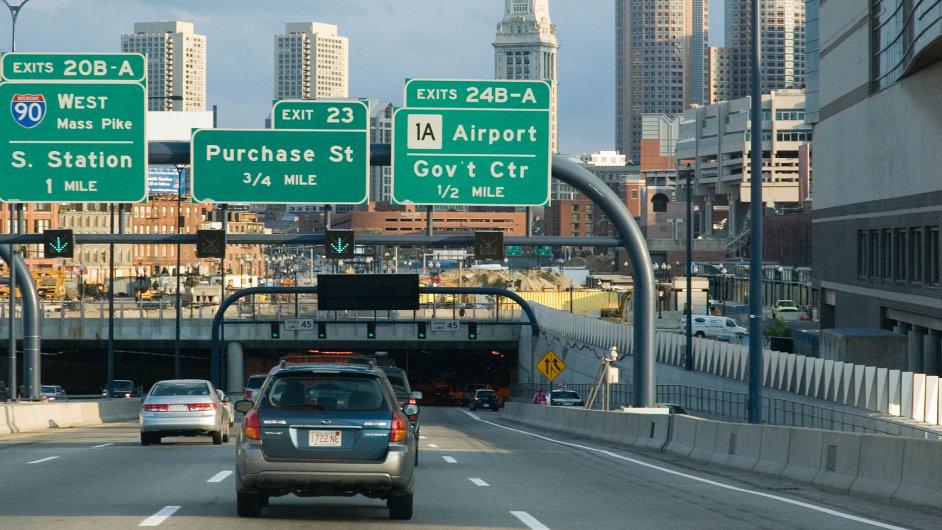 Na snímku vjezd do tunelu Expressway, který je součástí projektu Big Dig – takové bostonské obdoby pražské Blanky.