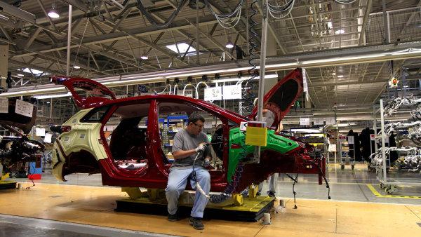 Zam�stnanc�m Hyundai v No�ovic�ch vzrostou mzdy o osm procent.