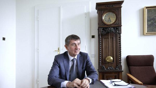 Andrej Babiš uznává, že současná ministryně školství nedostatečné vyhodnocení finančních dopadů nezavinila, a připouští proto možnost dalšího jednání.