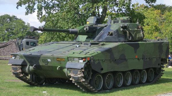 Bojové vozidlo CV90 používané švédskou armádou.