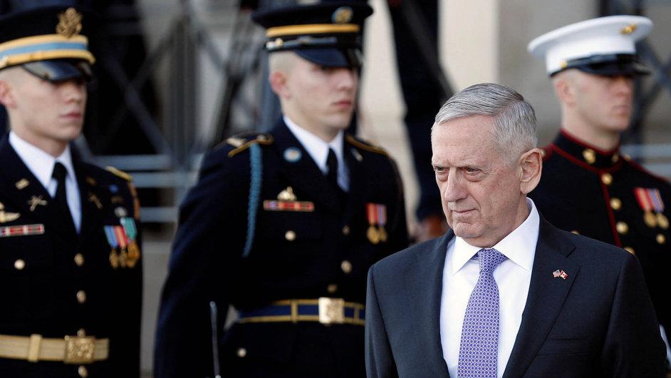 Jsme svámi, řekne spojencům americký ministr obrany Mattis.