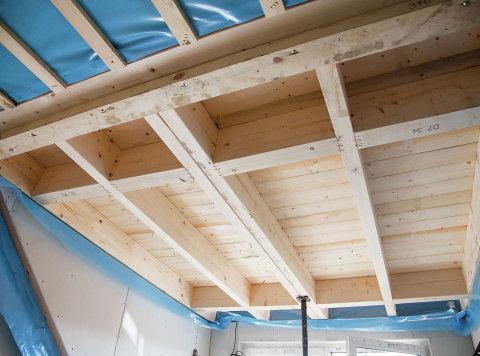 Střecha obvykle skrývá jeden z největších potenciálů úspor energie.