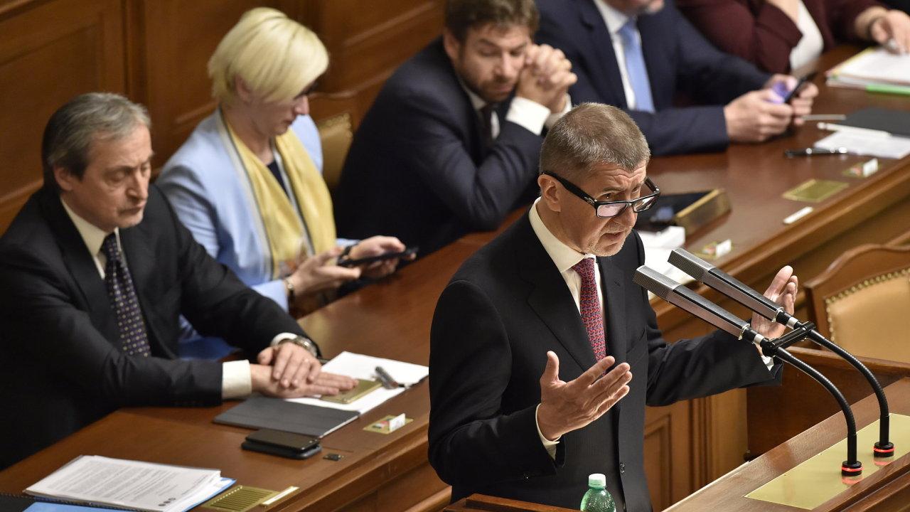 Vláda schválila návrh novely zákona o EET.