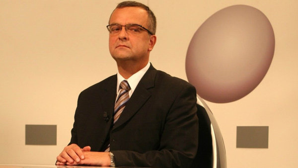 Pro lidoveckého ministra financí Miroslava Kalouska byla superhrubá mzda jen početní cvičení, jak sloučit fetiš rovné daně ODS s realitou výdajů státního rozpočtu.