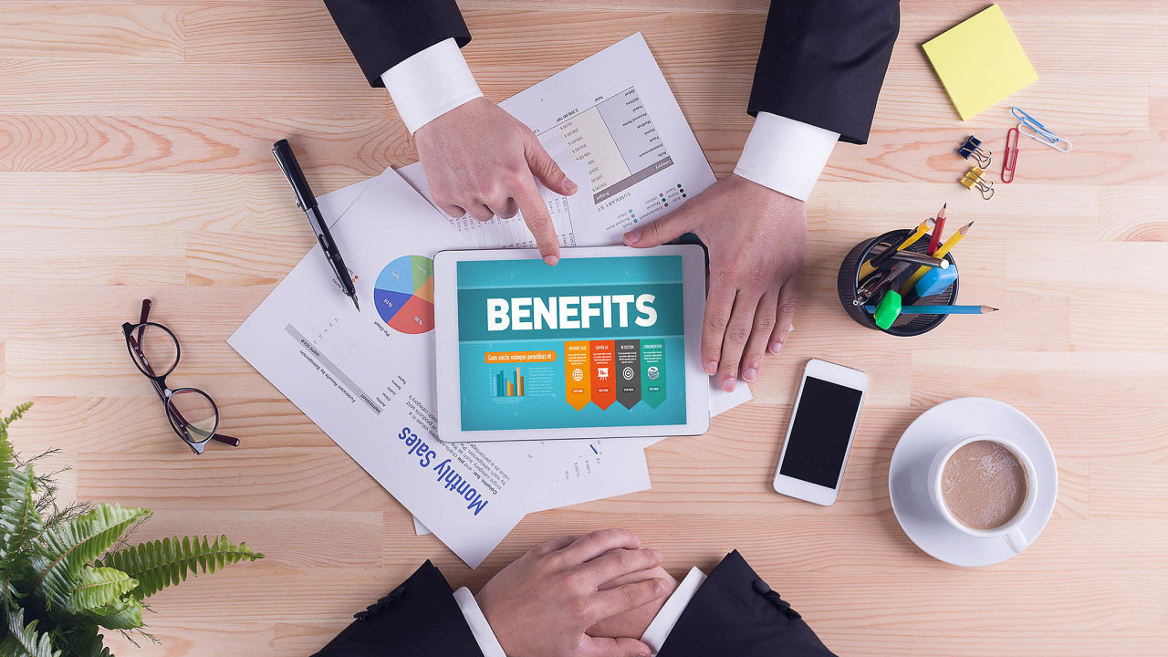 Kromě touhy mít více volného času se mezi novými formami zaměstnaneckých benefitů objevují tři hlavní proudy– zaměření narodinu, zdraví anapomoc svyřizováním soukromých záležitostí pracovníků.
