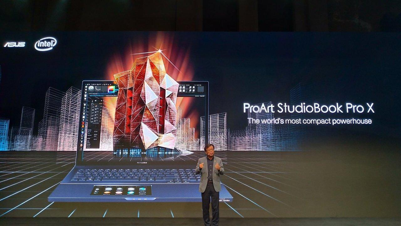 Asus představil hned několik modelů notebooků ProArt StudioBook, které se od konkurence liší nejvíce tím, že přidávají sekundární displeje nebo alespoň kalkulačku do touchpadu.