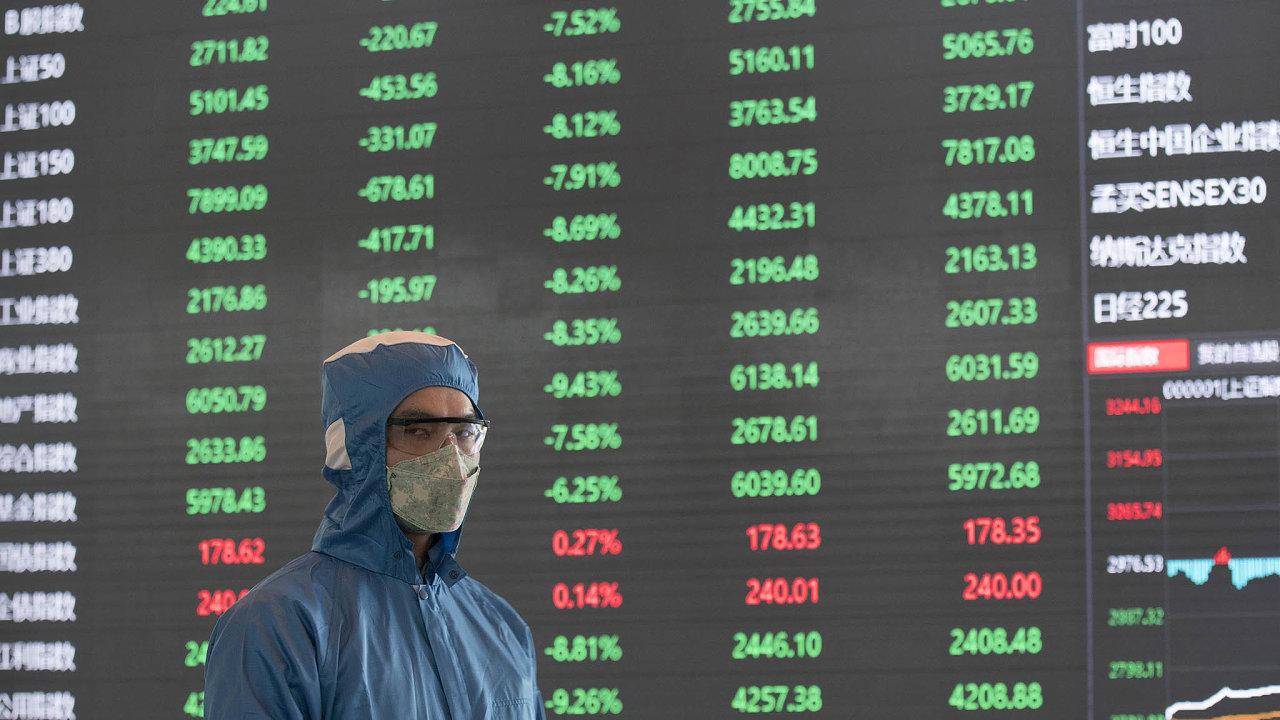 Koronavirus vs. burza. Dokonce inašanghajské burze se byznysmeni chrání před současnou pohromou.