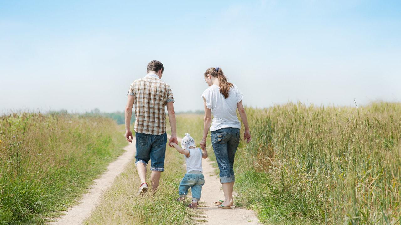rodina, dítě - ilustrační