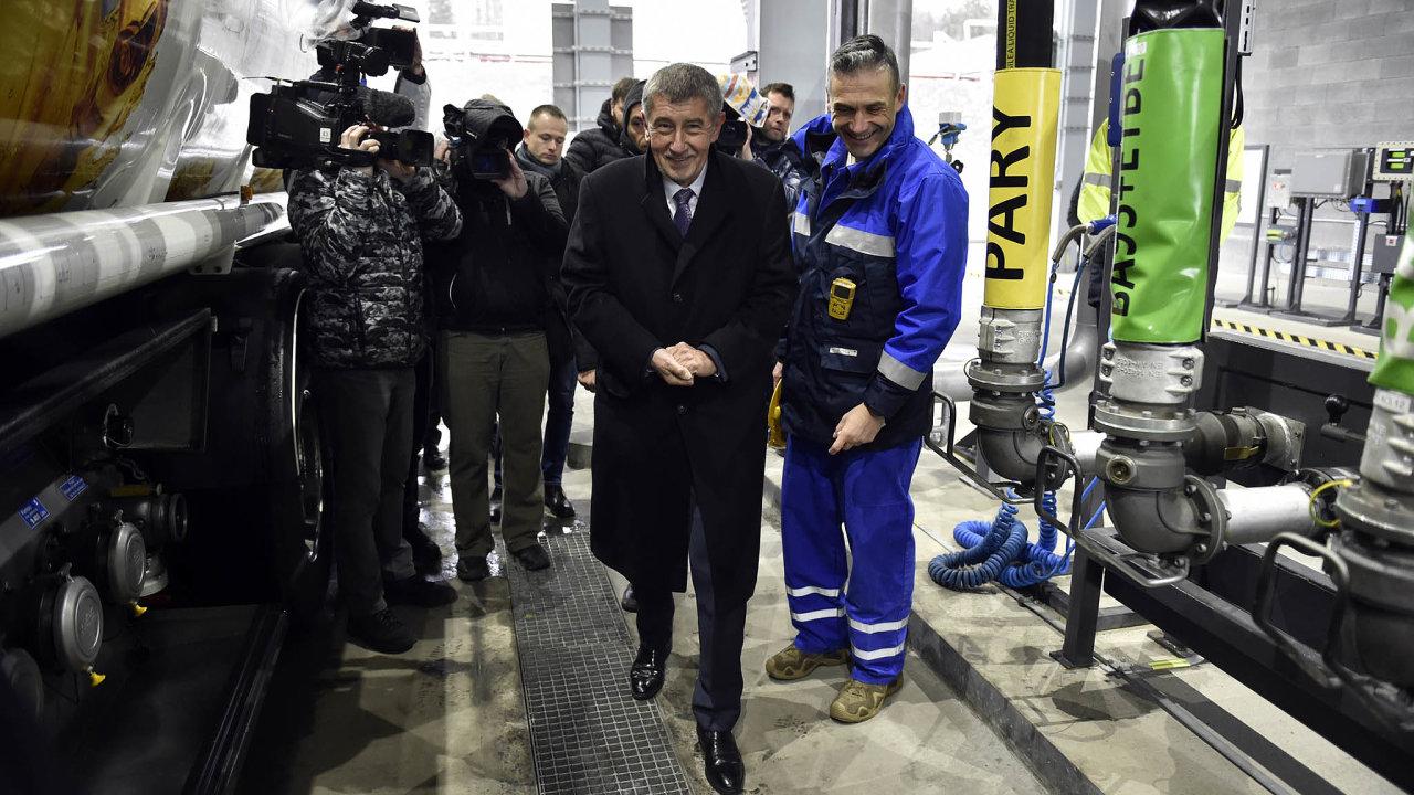 Velké nákupy od Agrofertu. Firmy z holdingu Agrofert ze svěřenského fondu Andreje Babiše (na snímku vlevo) jsou největším dodavatelem bionafty do státního podniku Čepro.