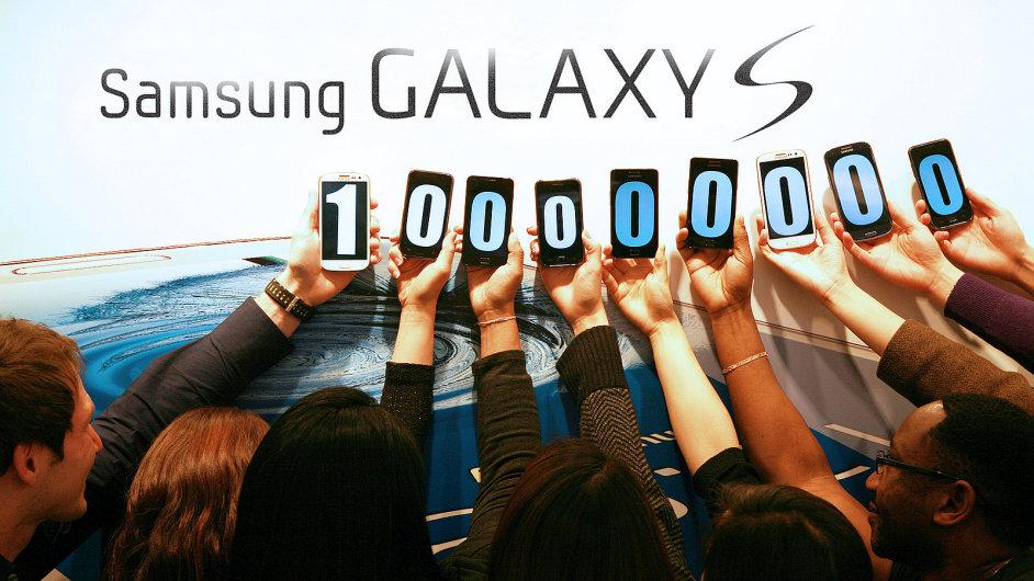 100 milionů prodaných zařízení Galaxy S