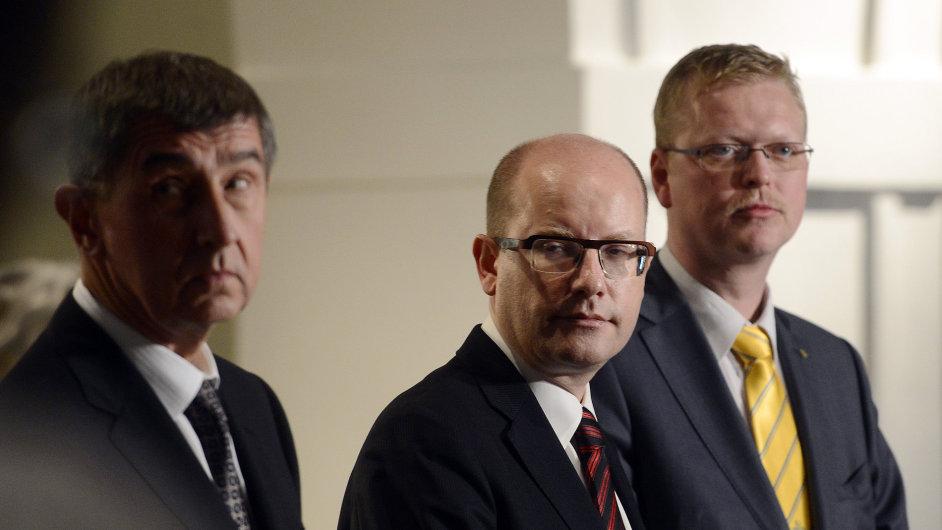 Lídři ČSSD, ANO a KDU-ČSL na brífinku po společném jednání