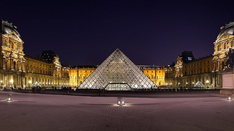 Louvre předělá i vstup do muzea pod pyramidou architekta I. M. Peie