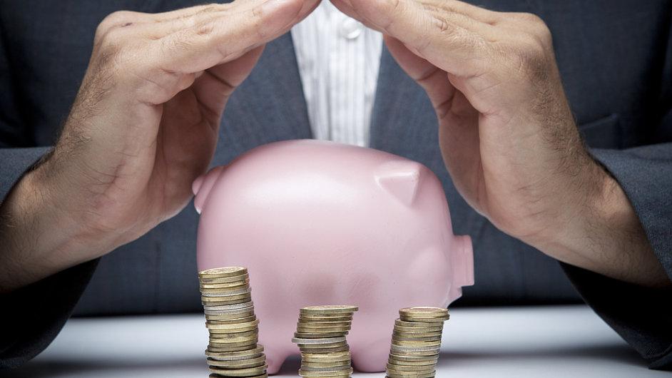Místo použití na investice si evropské firmy své zisky raději šetří (ilustrační foto).