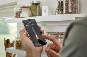 Test: Chytré světlo Philips Hue získalo pohybový senzor, původní problém zůstává