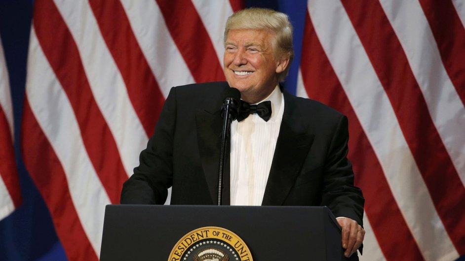 Americký prezident Donald Trump podepsal příkaz o pozastavení programu na přijímání uprchlíků.