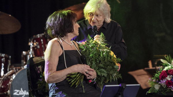 Snímek z koncertu Marty Kubišové.