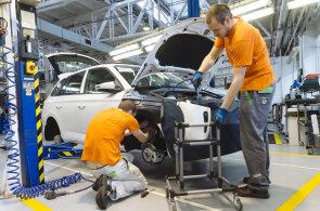 Škoda Auto podle odborů již netrvá na zavedení atypických směn.